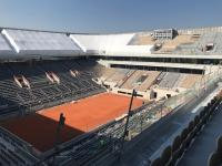 Rénovation du cours Philippe Chatrier à Roland Garros, sur lequel Prism'agencement près de Versailles est intervenu